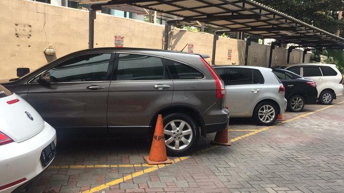 Mau Ikut Lelang Mobil Sitaan KPK Seharga 28 Jutaan? Begini Mekanismenya
